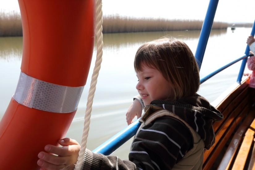 sétahajózás az Agárd nevű hajón